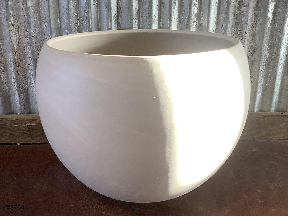 Luna Pot (with hole)